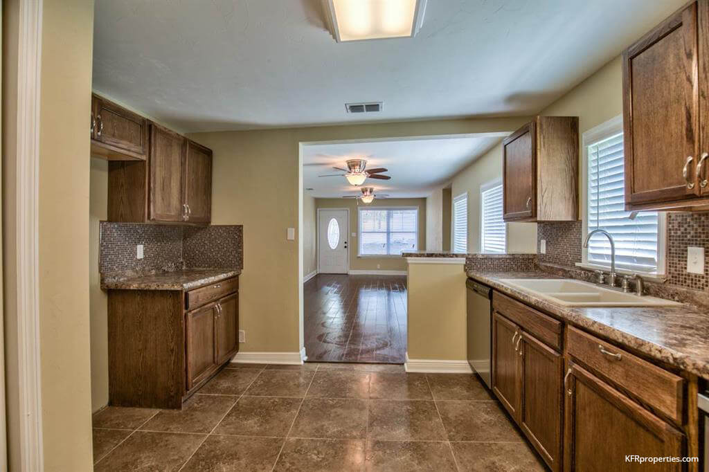 For sale 2636 olson road tallahassee fl 32308 for Bath remodel tallahassee